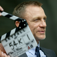 Skyfall James Bond; 200