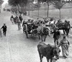 Belgian refugees in 1914. Photo Wikimedia Commons