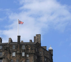 Union Flag flies above Edinburgh Castle. Photo: generalising via Flickr