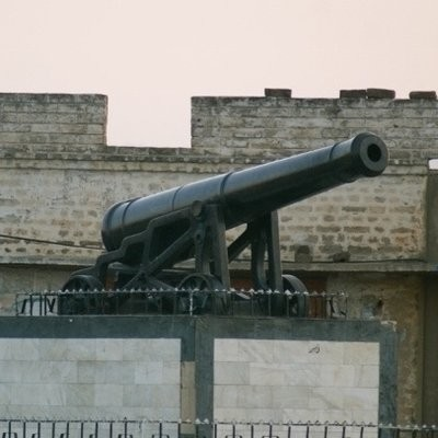 Cannon at the centre of Dulmial village. Photo: Irfan Malik