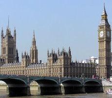 Parliament [Wikimedia Commons_Arpingstone] 230x200